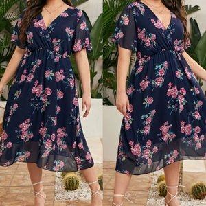 Plus floral print A line dress navy